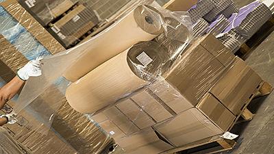 Coiffe en plastique couvre-palette